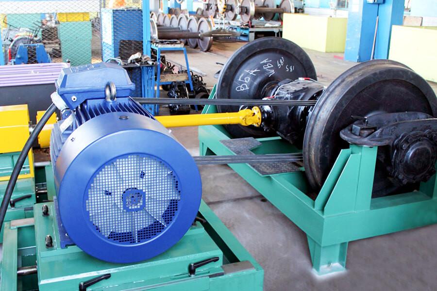 Станция <span>модели БЕР-40</span> для испытания редукторных приводов колёсных пар пассажирских вагонов от средней части оси