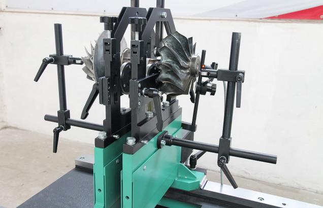 Балансировочный станок для роторов турбокомпрессоров судовых двигателей